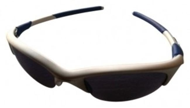 Preload https://img-static.tradesy.com/item/14139/oakley-silver-and-blue-silverblue-sunglasses-activewear-gear-size-os-one-size-0-0-650-650.jpg