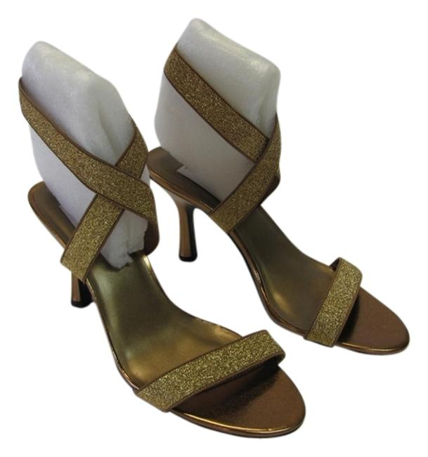 Dyeables Gold Bronze M Very Condition Sandals Size US 9 Regular (M, B) Dyeables Gold Bronze M Very Condition Sandals Size US 9 Regular (M, B) Image 1