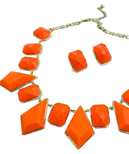 0 Degrees Hot Fashion Faceted Necklace/Earring Set!