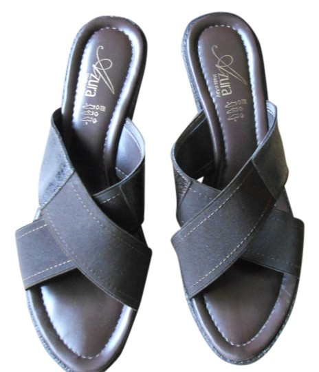 Azura Crisscross Strap Lightly Worn Brown Sandals