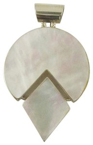 Island Silversmith Island Silversmith White Mother of Pearl 925 Sterling Silver Pendant 0501R *FREE SHIPPING*