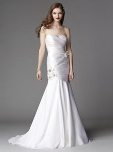 Dessy 1047 Wedding Dress