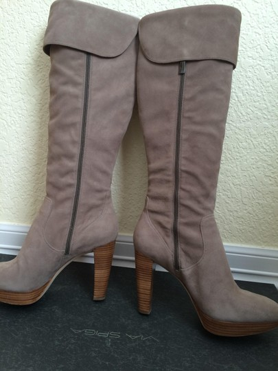 Via Spiga Stone Suede (light beige) Boots