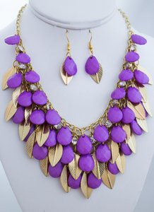 0 Degrees Purple Gold Faceted Teardrops Shaped Colored Necklace/earrings Set!
