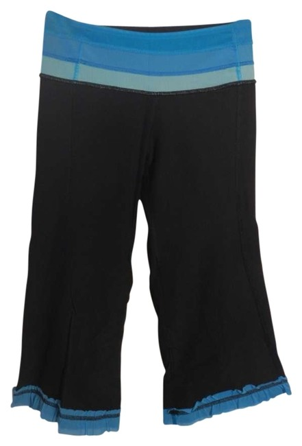 Preload https://item5.tradesy.com/images/lululemon-black-with-3-shades-of-blue-reversible-crop-pants-activewear-size-4-s-27-141439-0-0.jpg?width=400&height=650