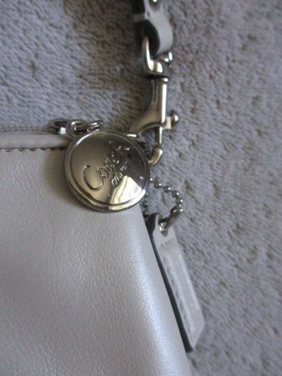 Coach Purse Small Small Purse Wristlet in White