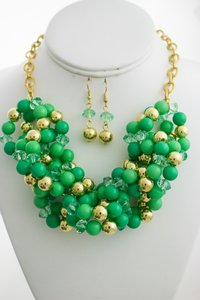 0 Degrees Twisted Faux Pearls Necklace/Earring Set In Green And Gold Colors!