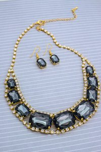 0 Degrees Statement Necklace/Earring Set In Black Stone Colored!