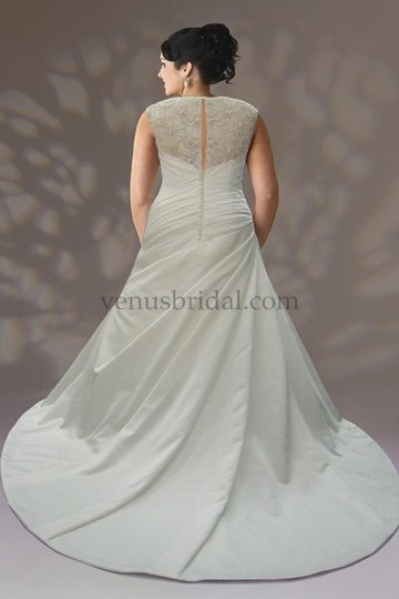 Venus Bridal Ivory Satin Vw8667 Formal Dress Size 22 (Plus 2x)
