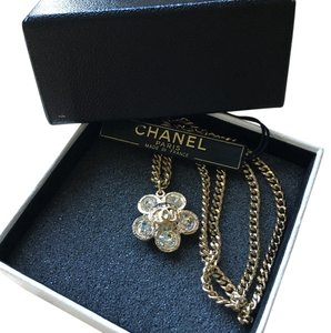 Chanel CHANEL CLASSIC CC CRYSTAL FLOWER NECKLACE