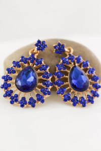 0 Degrees Gorgeous Sapphire Drop Earrings!