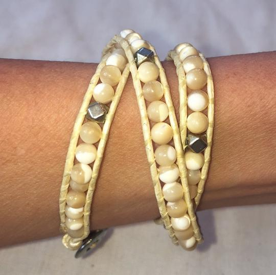 Metal and stone wrap