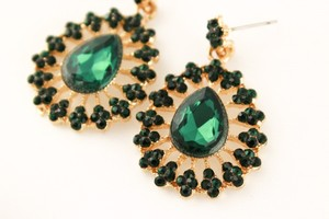 0 Degrees Fashion Sapphire Earrings!