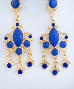 0 Degrees Woman Chandelier Earrings In Blue And Golden Colors!