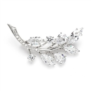 Fab Crystal Spray Brooch