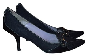 Anne Klein Black. Leather, cloth and metal Pumps