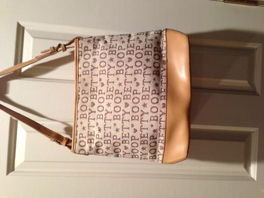 Betty Boop Tote in Medium brown with multi colored background