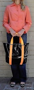 Marc Jacobs Marc By Shiny Designer Handbag Black Tote in Oranges