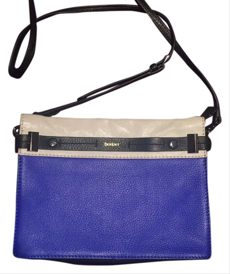 Shop women's made in italy handbags at senonsdownload-gv.cf Discover a stylish selection of the latest brand name and designer fashions all at a great value.