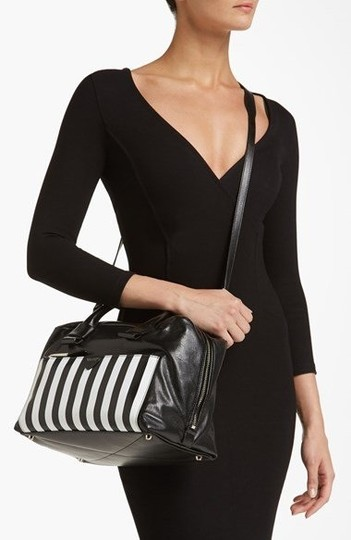 Marc Jacobs Satchel in Black and white