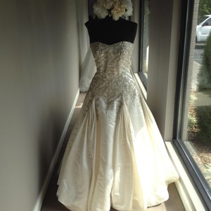 Stephen Yearick Stephen Yearick Wedding Dress