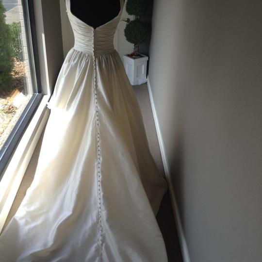 Stephen Yearick Off White Silk Satin Wedding Dress Size 14 (L)