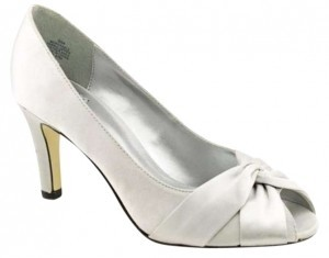 Mootsies Tootsies Parable Peep Toe 3 Silver Satin Pumps