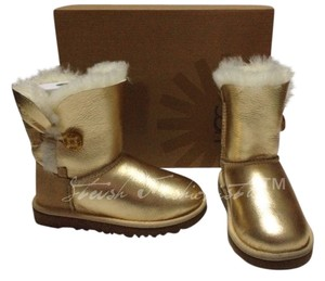 e3d59f33a0c UGG Australia Gold Children's Bailey Button Metallic Boots/Booties Size US  12 Regular (M, B) 5% off retail