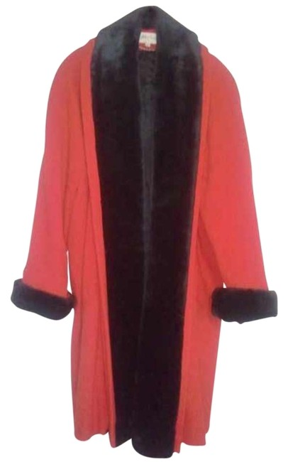 Item - Red and Black Classic Knee Length Vintage Coat Size 10 (M)