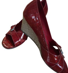 Brighton Candy apple red Wedges