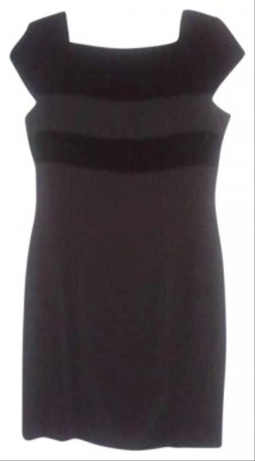 Preload https://item4.tradesy.com/images/jones-new-york-dinner-evening-dress-black-141778-0-0.jpg?width=400&height=650