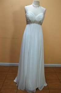 Alfred Angelo 802 Wedding Dress