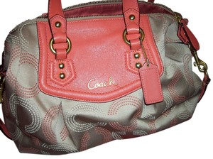 Coach Satchel in Khaki/ Tea Rose