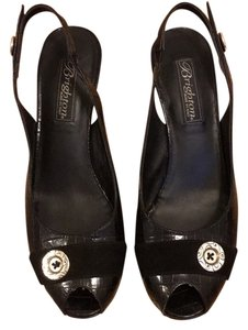 Brighton Black Wedges