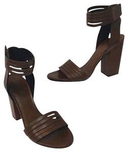 Vince Summer Comfortable Brown Sandals