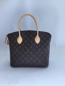 Louis Vuitton Vuittion Lock Satchel in Monogram