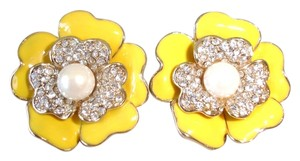 Carolee pearl centered crystal flower earrings