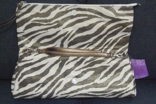 Other Hot In Hollywood New With Tags Bronze Animal Print Clutch