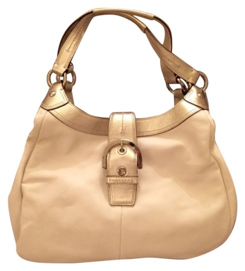 Preload https://img-static.tradesy.com/item/14188312/coach-cream-light-bronze-hobo-bag-0-1-540-540.jpg