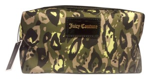 Juicy Couture Juicy Couture Camouflage Cosmetic Make Up Bag
