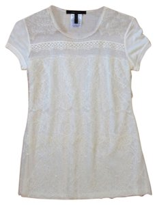 BCBGMAXAZRIA Lace Shortsleeve Vintage Romantic T Shirt Off-white