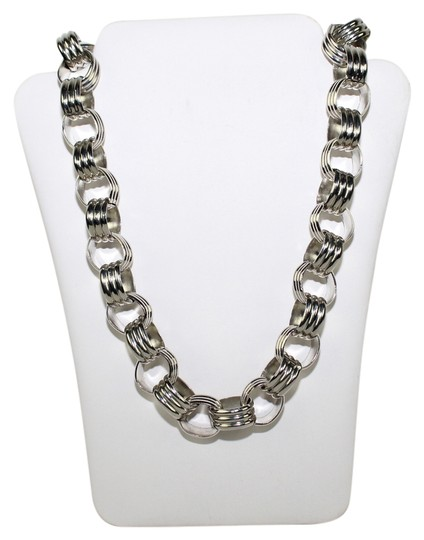 Preload https://img-static.tradesy.com/item/14196445/ann-taylor-silver-tone-eye-necklace-0-1-540-540.jpg