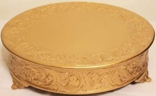 Preload https://item4.tradesy.com/images/gold-18-inch-stand-cake-topper-141968-0-0.jpg?width=440&height=440