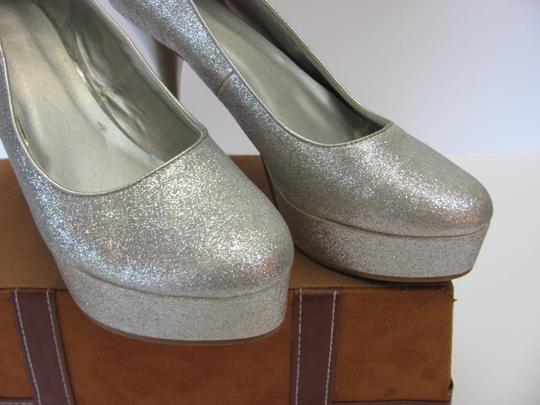 Other Size 9-10 M Very Good Condition Silver, Platforms Image 1