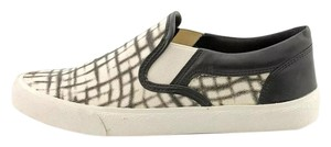 Lucky Brand Sneakers Slip Ons black & white Athletic