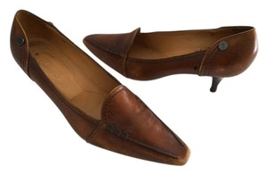 Tod's Kitten Heels Size 37 Rubber Pebbled Brown Pumps