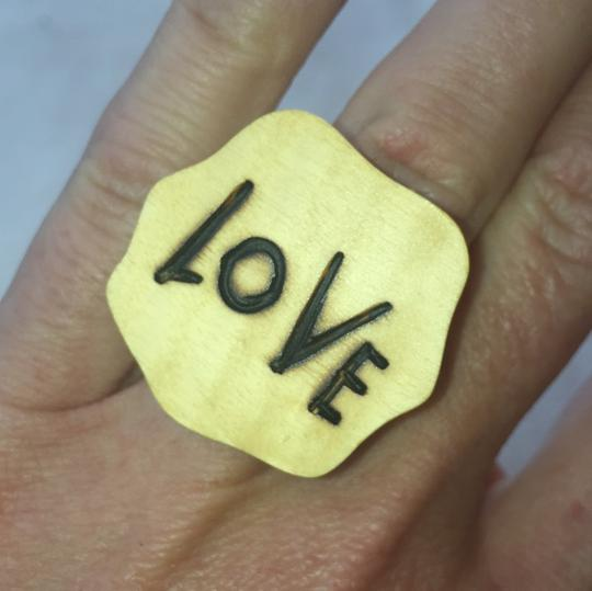 Love ring Image 4