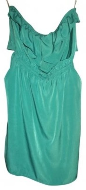 Preload https://item2.tradesy.com/images/lulus-green-very-with-tie-back-night-out-dress-size-4-s-14201-0-0.jpg?width=400&height=650