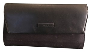 Tumi Tumi Black Leather and Cloth Wallet with ID, Card Slot and Pen Holder