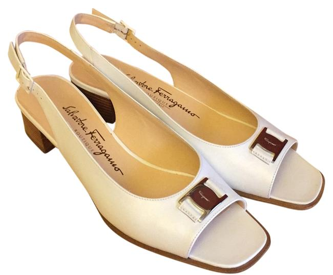 Item - White New Renata Sandals Size US 8.5 Narrow (Aa, N)